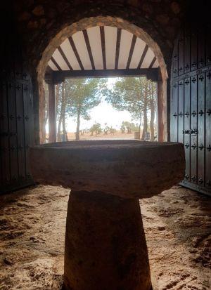 Mesa Ermita de San Benito Abad